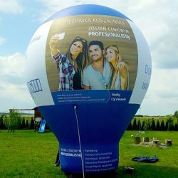 Balon-reklamowy_ kropla_5m_Kronospan - producent dmuchańców reklamowych Clevair