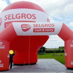 Balon reklamowy prosty 8m_brama_Selgros - producent dmuchańców reklamowych Clevair