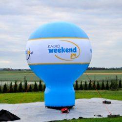 Balon reklamowy taliowany 4m_Radio Weekend - producent dmuchańców reklamowych Clevair