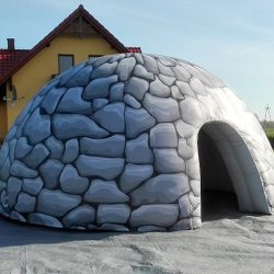 Namiot dmuchany jaskinia