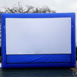 dmuchany-ekran-projekcyjny